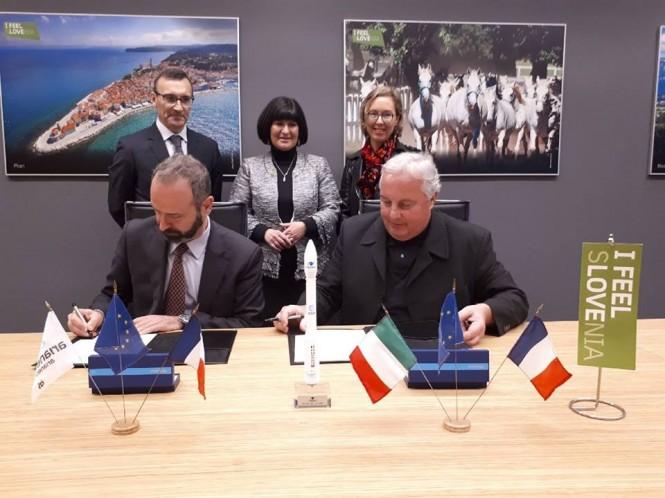 Podpis pogodbe 3