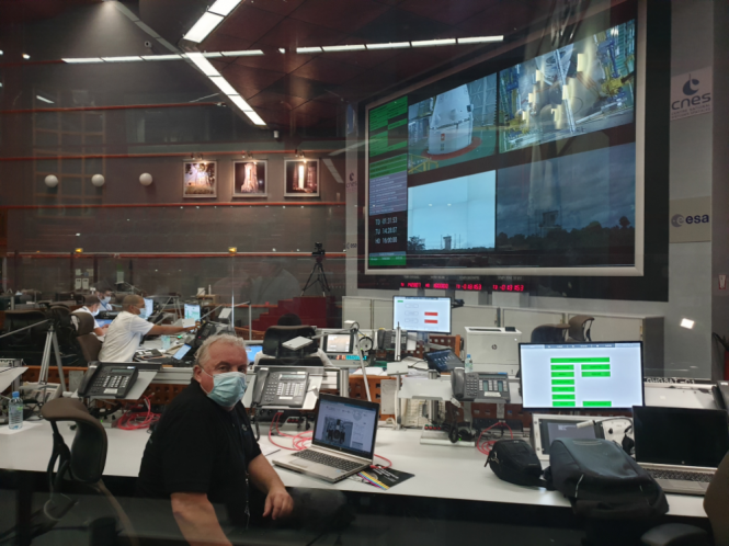 Prof. dr. Tomaž Rodič during the preparations for the Vega VV16 launch in Jupiter 2 control center.